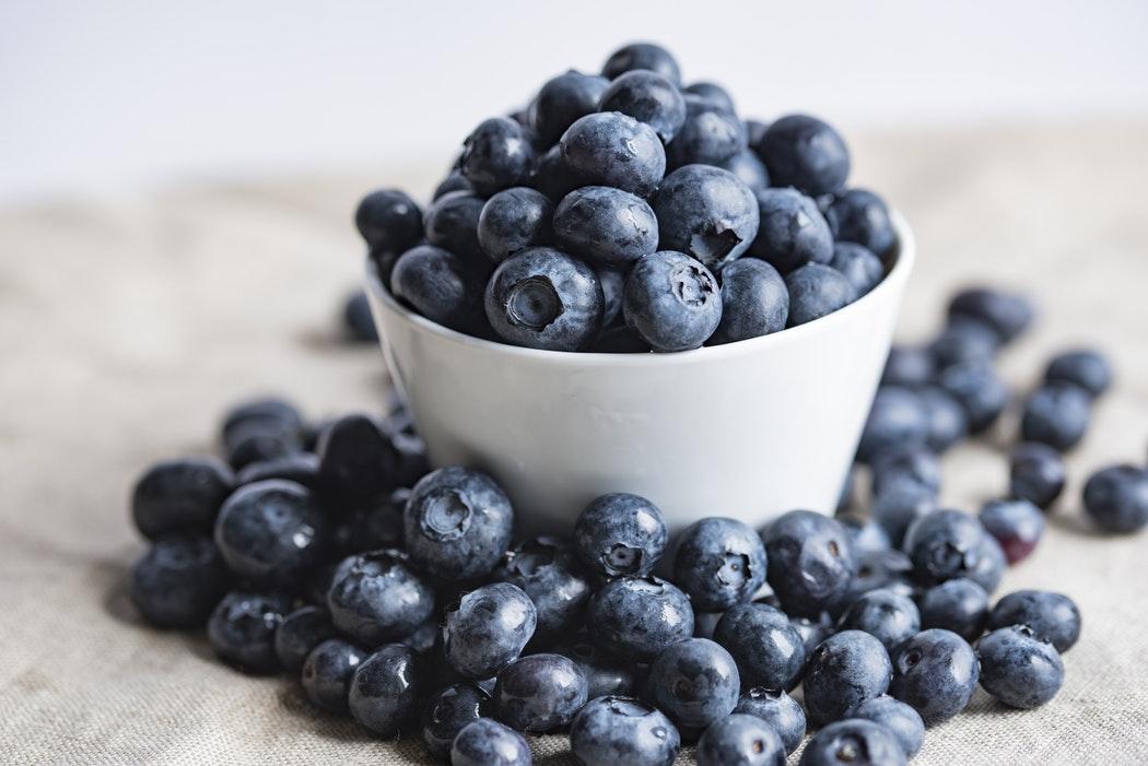 Lecker und gesund: Die richtige Ernährung gegen Falten